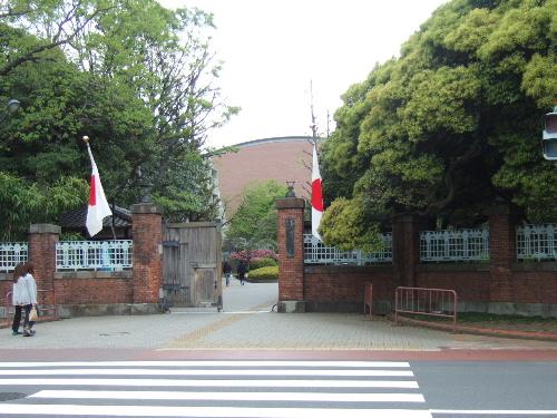 2011_0429geidai0001zs.JPG